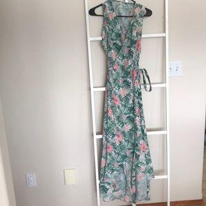 Pink blush tropical maxi wrap dress size medium